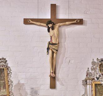 Multscher-Kruzifix im Museum in der Bruderkirche des Klosters Heiligkreuztal; Foto: Staatliche Schlösser und Gärten Baden-Württemberg, Markus Schwerer