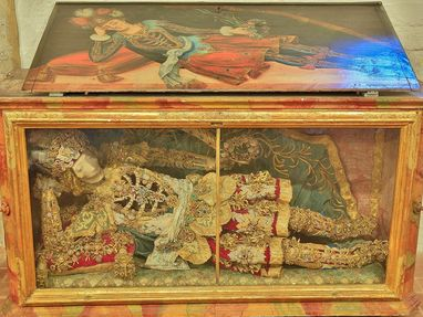 Kloster Heiligkreuztal, ein Skelett in einem Glaskasten